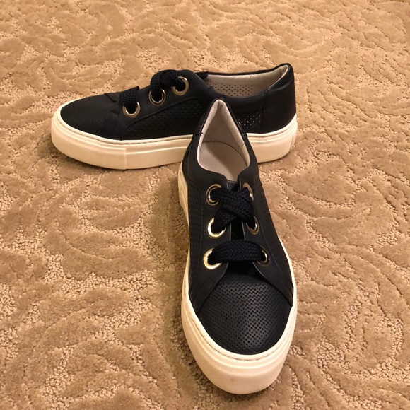 Agl Leather Navy Perforated Platform